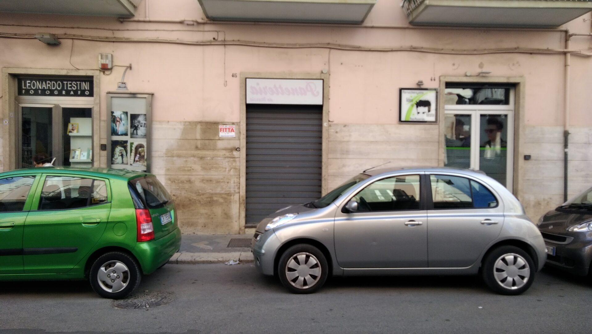 FITTASI LOCALE COMMERCIALE – VIA G. di VITTORIO (Via Ruvo)