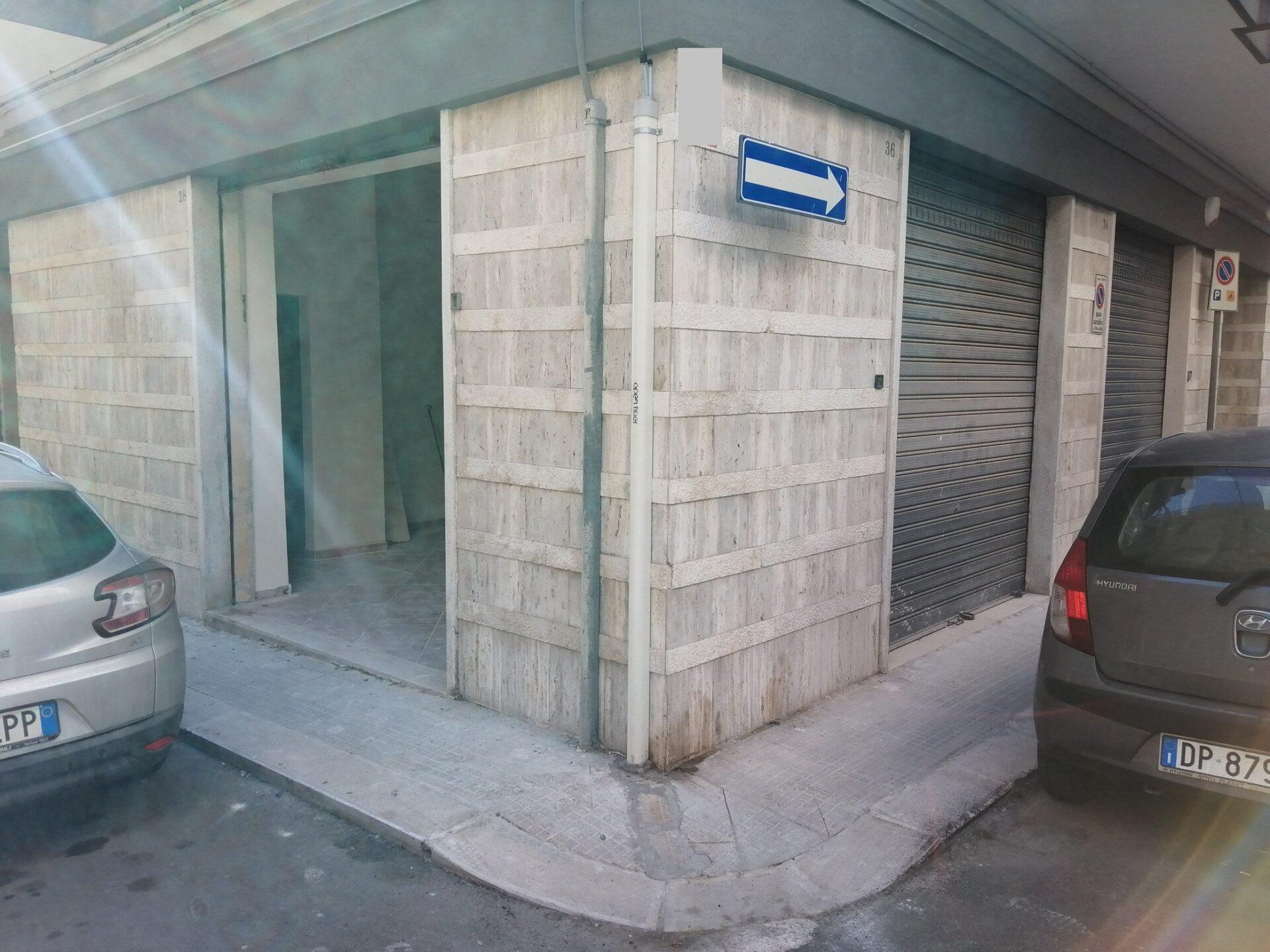 Fittasi Locale Mq. 25 – Via Calatafimi